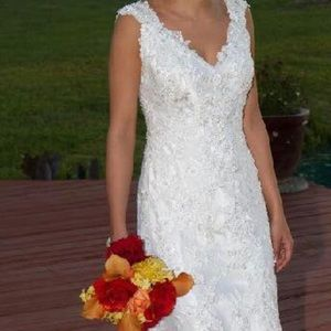 Custom Lace Allure Wedding Gown- Like New!